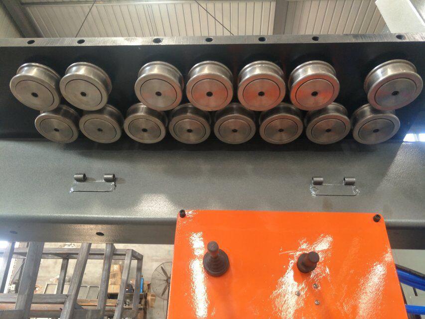 dobladora de barras de acero cnc